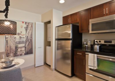 Center City apartment in-unit washer/dryer and modern kitchen