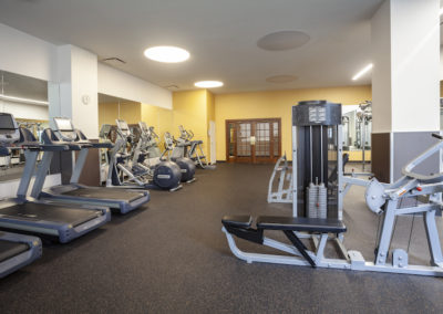 Center City Philadelphia apartment rentals with on-site fitness center